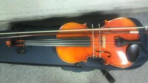 バイオリン、弓まっすぐ
